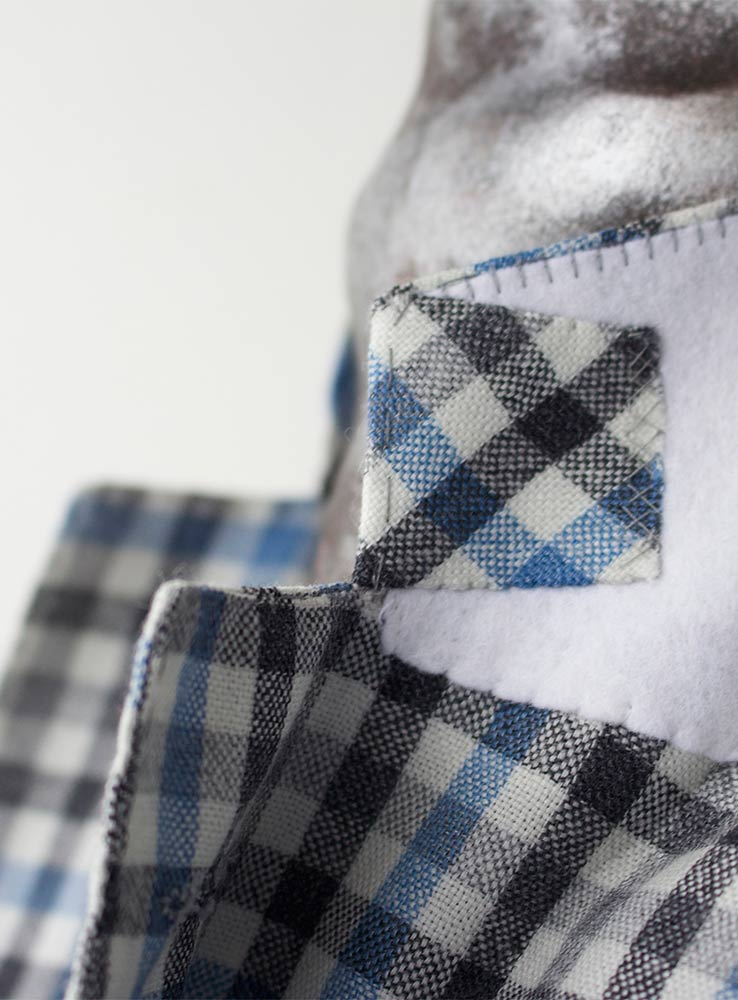 Baby blue and grey checked plaid wool linen blend casual suit - Jacket undercollar